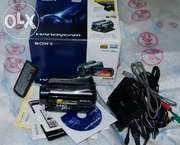 Продается видеокамера SONY SONY HDR-SR11E