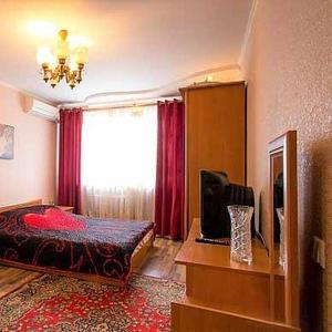 Уютная 2к квартира в центре, WI-FI, документы, идеально для семейного отдыха, командировачных,