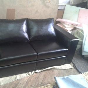 Мягкий диван для дома и офиса