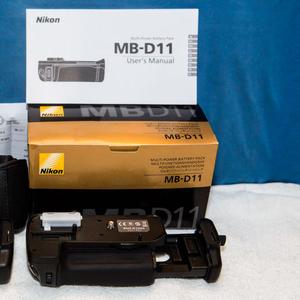 Батарейный блок Nikon MB-D11 оригинал