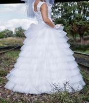 Свадебное платье + подарок. Размер 42-44-46